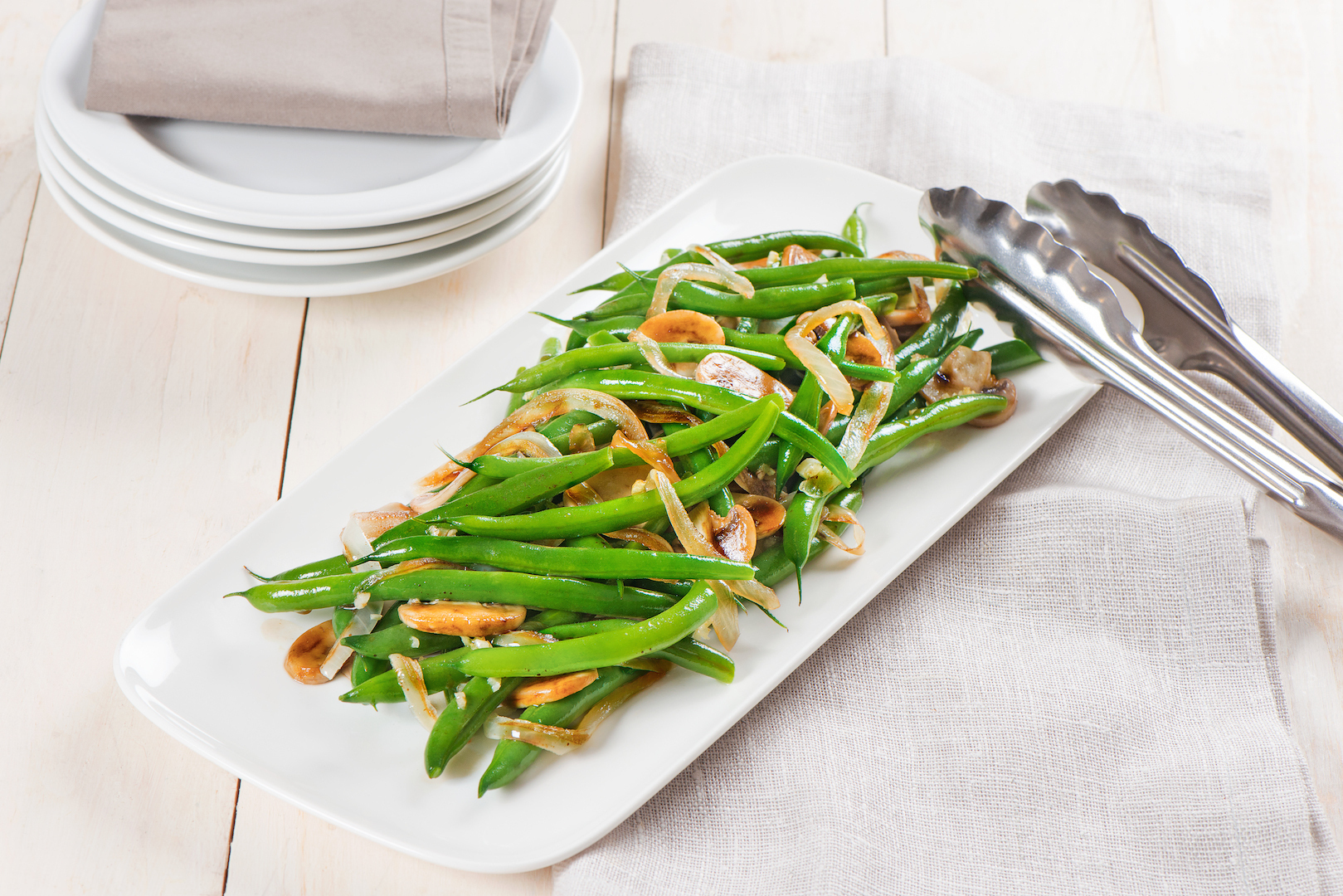 Florida_snap_beans_with_caramelized_onion_and_mushrooms-031